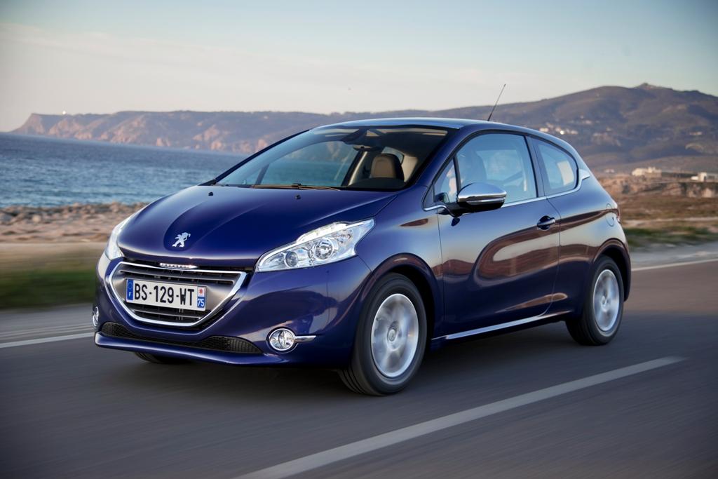 Geen testrit met de nieuwe Peugeot 208 :'-(